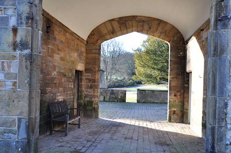 Broomhead Farm Entrance